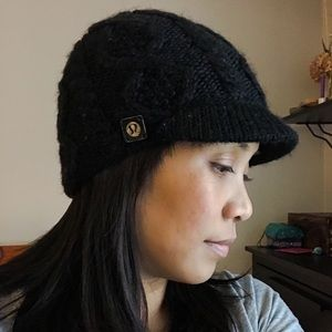 lululemon Knitted Beanie with brim